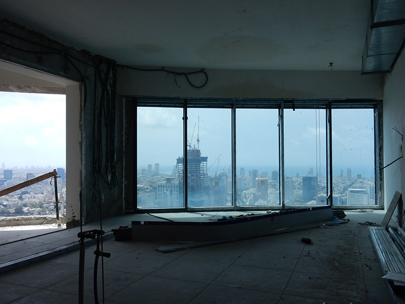 חווית המגורים המשתקפת מקומה 41